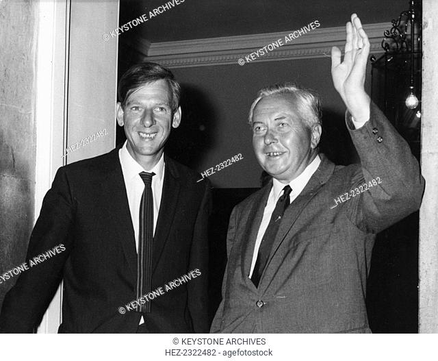 Photograph Of Harold Wilson Stock Photos And Images Age Fotostock