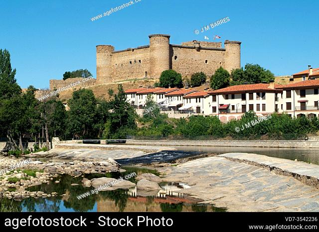 El Barco de Avila, town, castle (12-14th centuries) and Tormes River. Avila province, Castilla y Leon, Spain