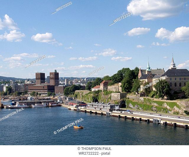 90900219, Akershus Fortress and Town Hall, Oslo Ha