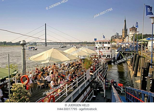 Duesseldorf, Promenade at river Rhein Cafe on boats deck Germany, Duesseldorf, North Rhine-Westphalia Germany, Duesseldorf, North Rhine-Westphalia, Duesseldorf