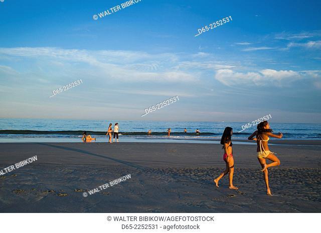 USA, Massachusetts, Gloucester, Good Harbor Beach, beach view