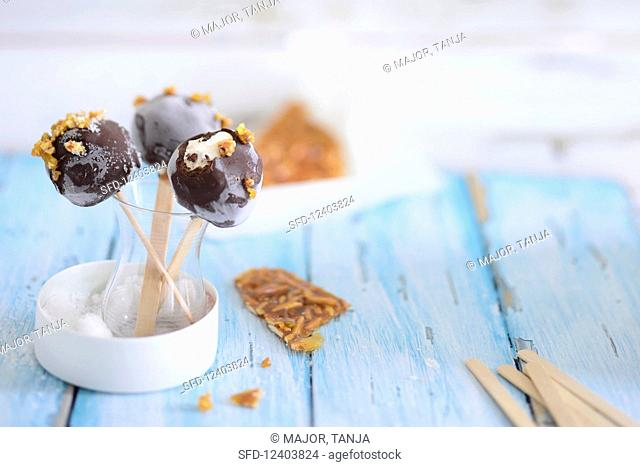 Caramel ice pops