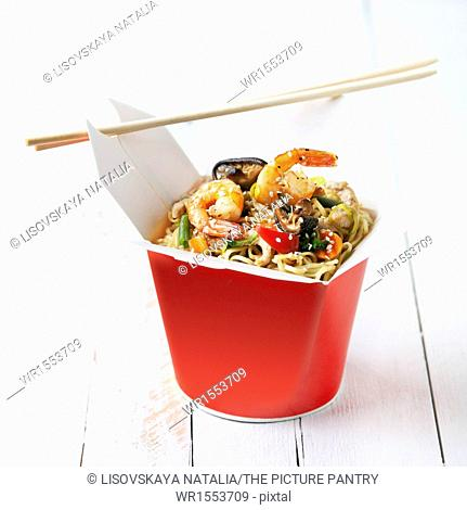Noodles with shiitake mushrooms, shrimp and pork in sweet and sour sauce