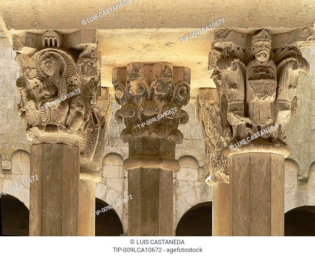 Spain, Catalonia, Girona, Sant Pere de Galligants Monastery, Benedictine Romanesque 12th. Century, columns detail
