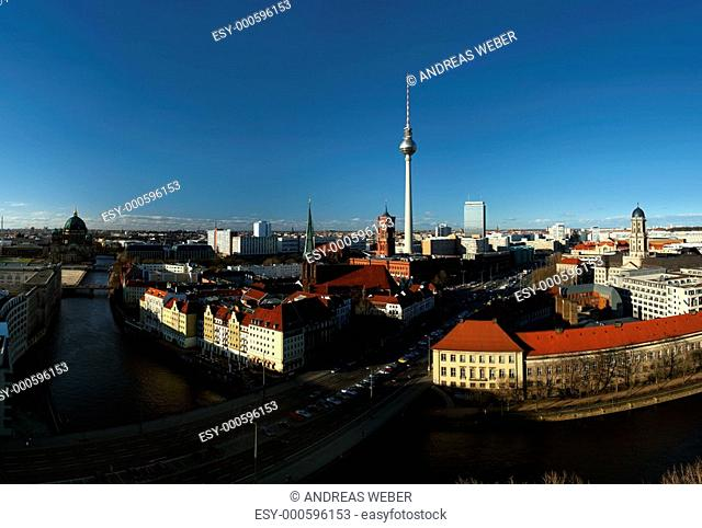 Berlin-Mitte, Rotes Rathaus, TV-Turm