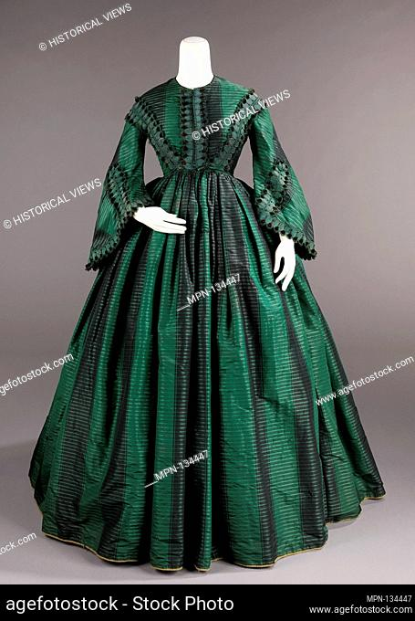 Afternoon dress. Date: ca. 1855; Culture: American; Medium: silk; Credit Line: Brooklyn Museum Costume Collection at the museum, Gift of the Brooklyn Museum