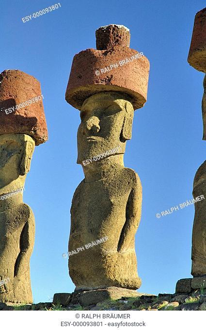 Osterinsel-Statuen