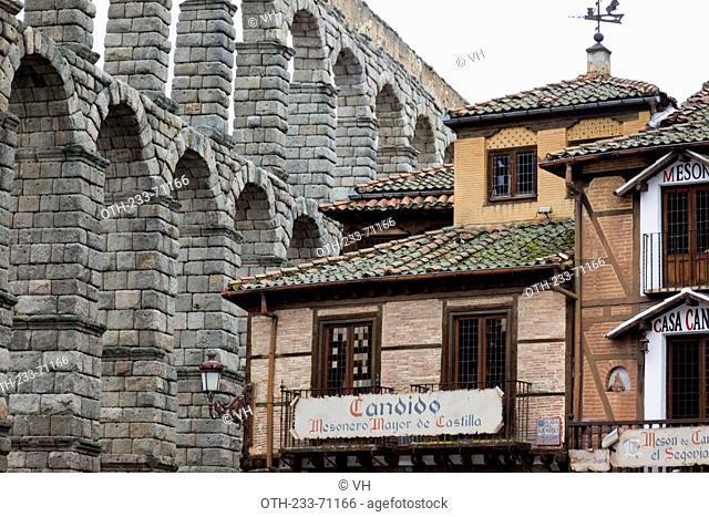 Restaurant Candido by the Roman aqueduct, Segovia, Castile-Leon, Spain, Europe