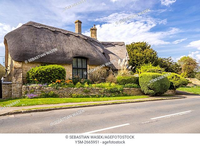 Thatched Cottages at Chipping Campden, Cotswold, Gloucestershire, England, United Kingdom, Europe