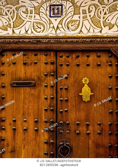 """Morocco, Fes, doorway in the """"""""Medina"""""""" (old part) of Fes"""