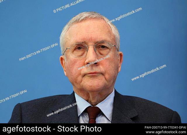 13 July 2020, Berlin: Manfred Güllner, managing director of the Forsa Institute, follows a joint press conference on Corona during vacation times with Health...