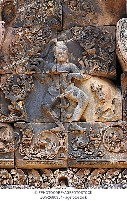 Cambodia, Benteay Srei 10th century A. D. Dancing Shiva above lintel