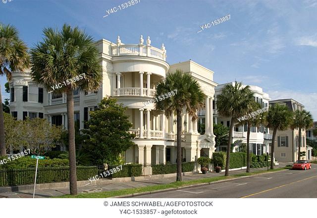 Antebellum houses on East Battery Street, Charleston, South Carolina