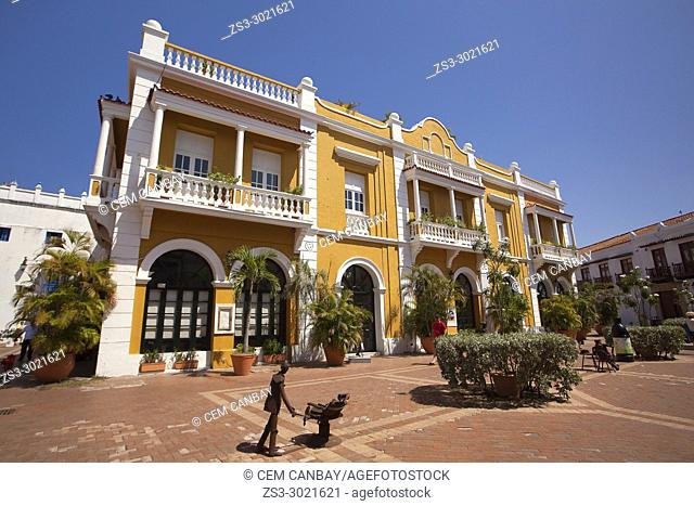 Colonial building used as San Pedro Cafe-Mirador in Plaza De San Pedro Claver at the historic center, Cartagena de Indias, Bolivar, Colombia, South America