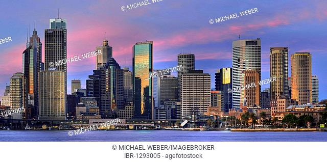 Panorama of Sydney Cove in the morning light, Circular Quay, port, Sydney skyline, Central Business District, Sydney, New South Wales, Australia