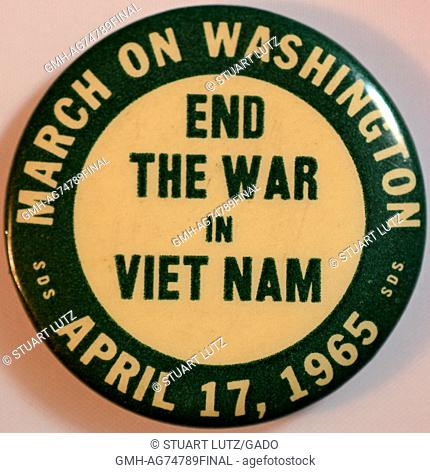 An anti-Vietnam War pin that features the text 'End the war in Vietnam' in the center, text reading 'March on Washington' and 'April 17