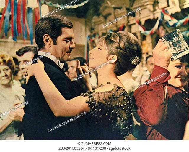 May 26, 2015 - Hollywood, USA - FUNNY GIRL (1968).OMAR SHARIF, BARBRA STREISAND.FNG 010FOH.