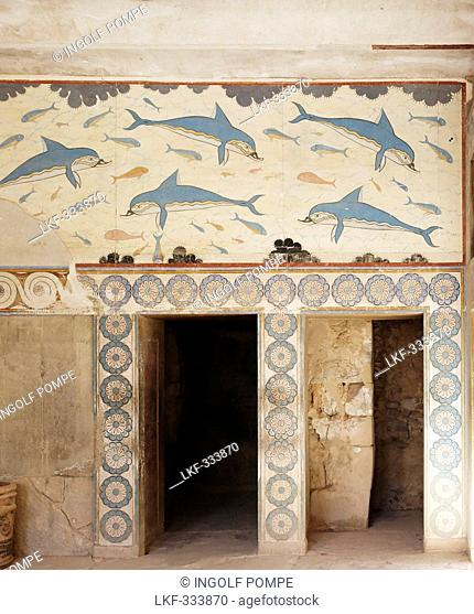 Dolphin frescoes in the Queen's Megaron, Palace of Knossos, Knossos, Crete, Greece