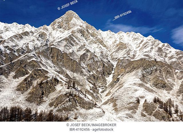 Piz Ot in winter, lightly snow-covered mountains, Albula Alps, Samnaun, Lower Engadine, Engadine, Canton of Graubünden, Switzerland