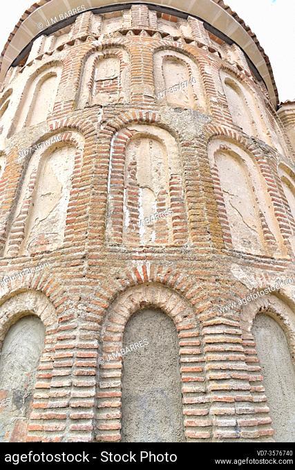 Madrigal de las Altas Torres, Santa Maria del Castillo Church (Mudejar 13th century). Apse. Avila province, Castilla y Leon, Spain