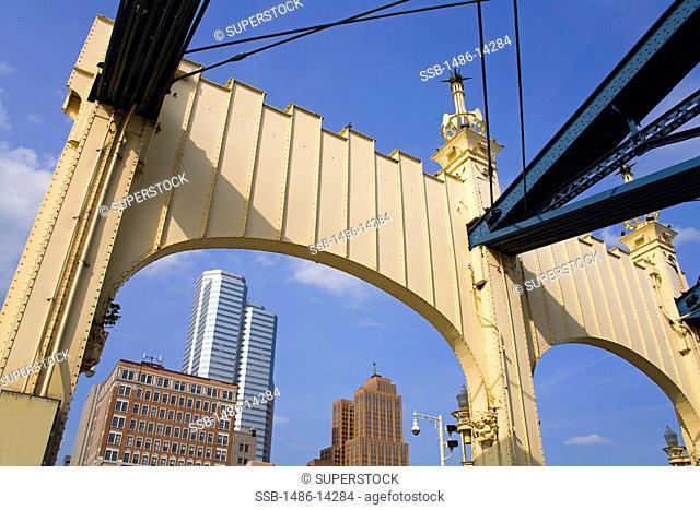 USA, Pennsylvania, Pittsburgh, Smithfield Street Bridge over Monongahela River