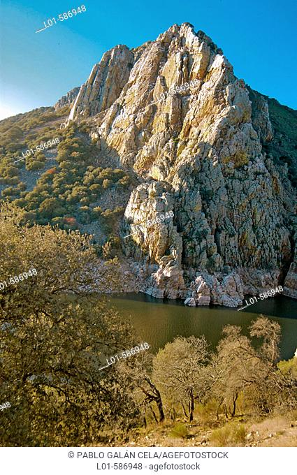Salto del Gitano, Parque Natural, Monfragüe. Cáceres province. Spain