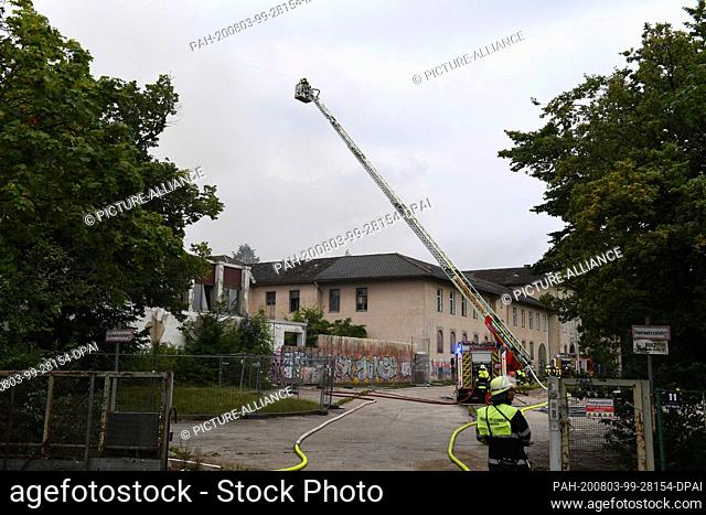 03 August 2020, Bavaria, Munich: A home for the blind that has been empty for years is burning near Westendstraße. People are not in danger