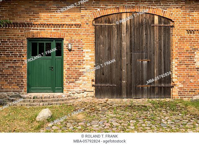 Germany, Mecklenburg-Western Pomerania, estate close Kittendorf, brick facade
