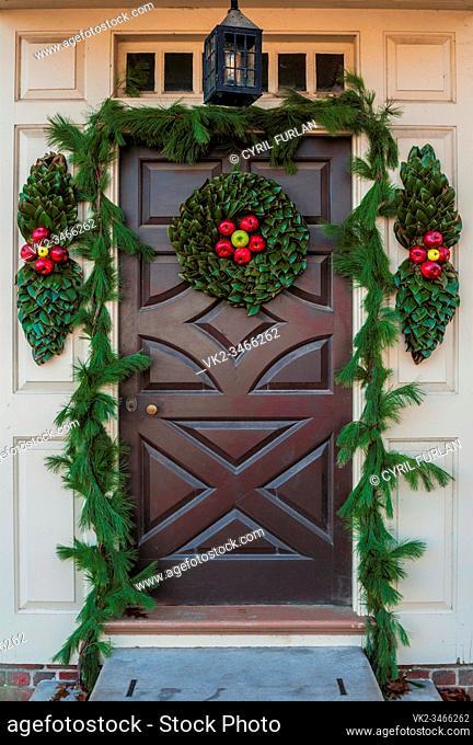 Natural door decorations for the Christmas Holliday Season, Colonial Williamsburg Virginia