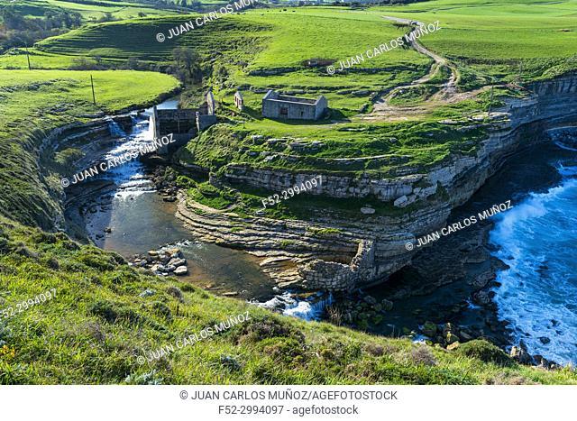 Molino El Bolao, El Molino Waterfall, Cóbreces, Alfoz de Loredo municipality, Cantabria, Spain, Europe