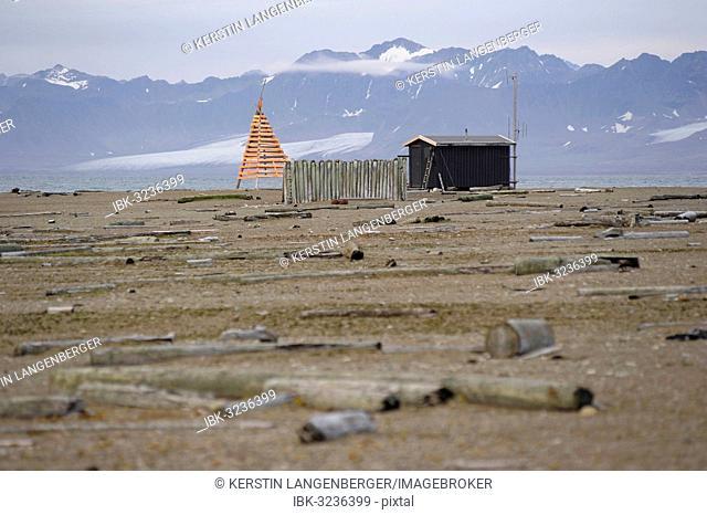 Old trapper cabin with a modern weather station, Prins Karls Forland, Svalbard Archipelago, Svalbard and Jan Mayen, Norway