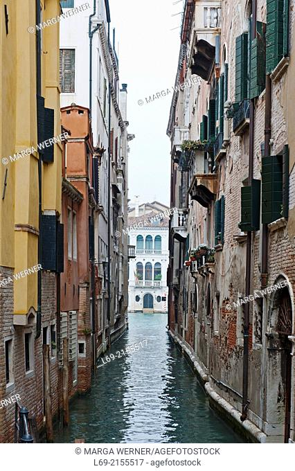 Narrow canal, Canal Grande in background, Sestiere San Marco, Venice, Veneto, Italy