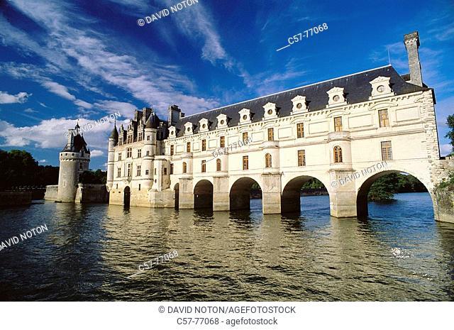 Château de Chenonceau and Cher River, Chenonceaux. Indre-et-Loire, Loire Valley, France