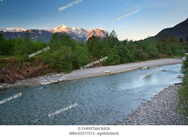Loisach with view to Zugspitze, Garmisch-Partenkirchen, Bavaria, Germany