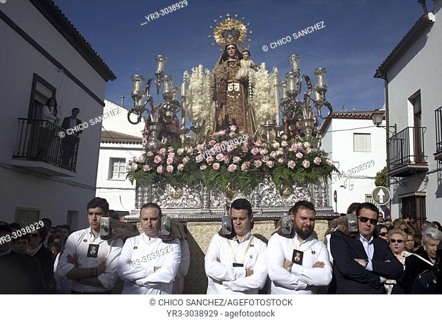 Men carry an image of Our Lady of Carmel during Easter Holy Week in Prado del Rey, Sierra de Grazalema, Andalusia, Spain
