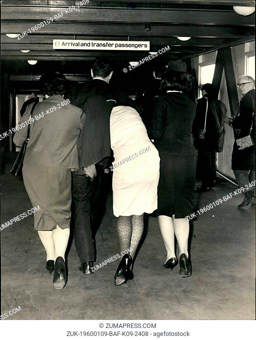 1958 - 'Baby Killing' Woman Arrives From Sydney 23-year old MRS. PAMELA LOIS LORD, arrived at London Airport under police escort, from Sydney, Australia today