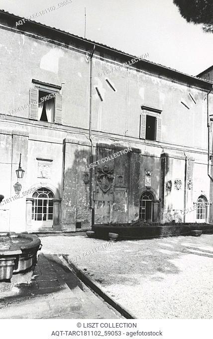 Lazio Viterbo Viterbo Palazzo Comunale, this is my Italy, the italian country of visual history, Exterior views of Renaissance palazzo portico, portal fresco