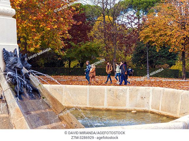 Otoño en el Parque de El Retiro. Madrid. España