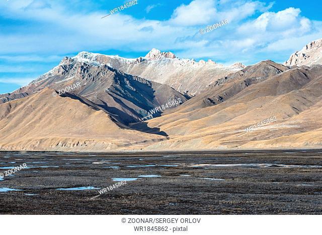 Beautiful Tibetan landscape with frozen lakes