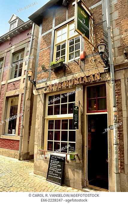 N de Mondriaan, a cafe/bar in the Stokstraat. Until the 1950s, the Stokstraat was in one of the poorest neighbourhoods of Maastricht