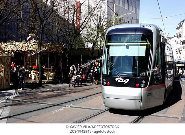 Tram, public transport, city, Grenoble, capital of the Alps, Isère, Rhône-Alpes, France