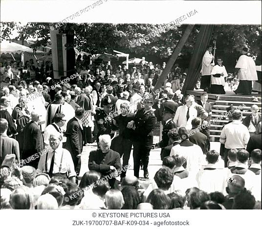 Jul. 07, 1970 - Roman Catholic Mass at Centerbury Cathedal: The first Roam Catholic Mass to be celebrated in the precincte of Canterbury Cathedral for 400 years