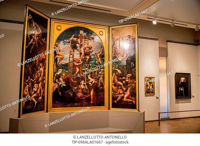 Europe, Portugal, Lisbon, Estrela, National Museum of Ancient Art, triptych Deposition, Pieter Coecke van Aelst
