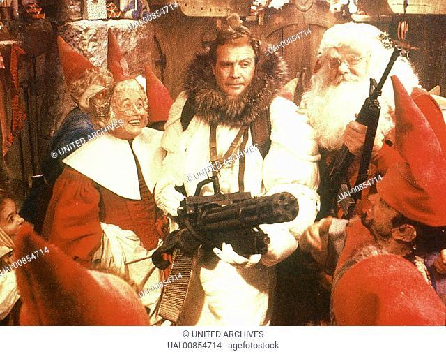 Komödien-Star Bill Murray ist der hartherzige Frank Cross (BILL MURRAY), Präsident einer großen TV-Station. Für ihn ist Weihnachten blanker Unfug - außer