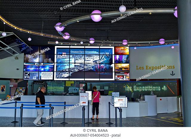 France, Toulouse, Space City, [exhibition hall]