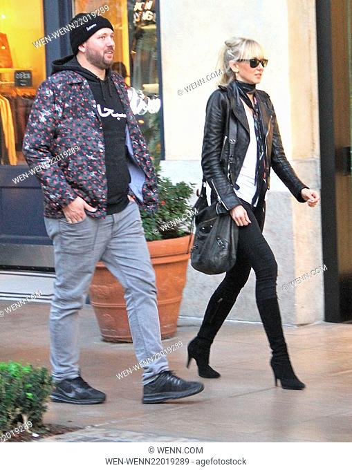 Kimberly Stewart goes Christmas shopping at The Grove in Hollywood with a male companion Featuring: Kimberly Stewart Where: Los Angeles, California