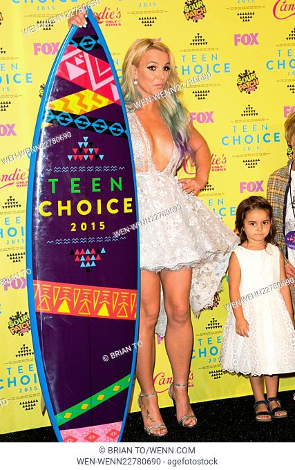 Teen Choice Awards 2015 At Usc Galen Center Press Room Featuring Britney Spears Stock Photo Picture And Rights Managed Image Pic Wen Wenn22780690 Agefotostock She has got a slim figure and a fair white complexion. agefotostock
