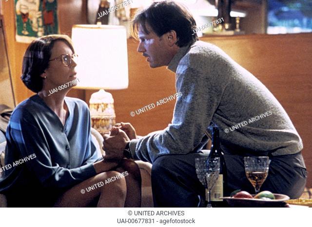 TRUE LIES USA 1994 James Cameron Helen Tasker (JAMIE LEE CURTIS) and Simon (BILL PAXTON) Regie: James Cameron / TRUE LIES USA 1994