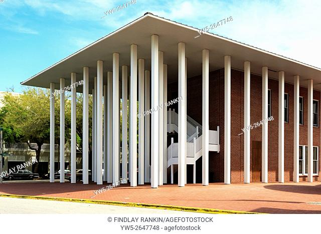 Town Hall, designed by Philip Johnson, in Celebration town centre, Osceola County, Florida, America, USA