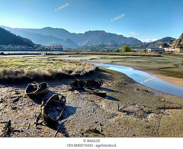 Sella river. Ria of Ribadesella. Asturias. Spain